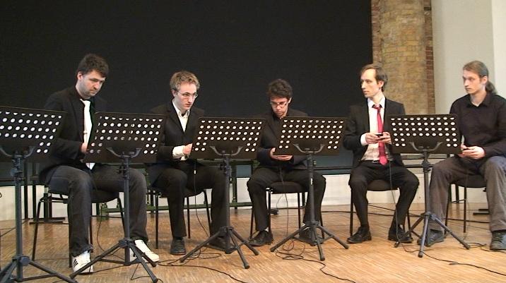 Konzertfotos des DigiEnsemble Berlin im April 2011. / Foto: Lukasz Fabijanczyk